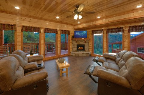 6 Bedroom Cabin with Fully Equipped Kitchen - 1 Amazing Lodge