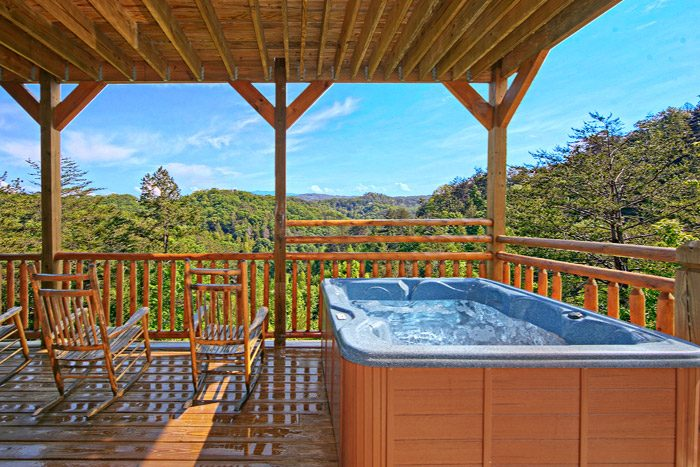 Cabin with a Spacious Hot Tub - 1 In A Million