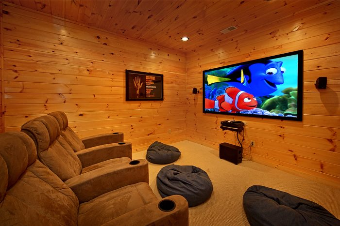 Luxurious Cabin that features a Theater Room - 2 Good to be True