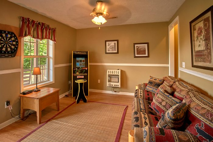 Cabin with Arcade Game, Sleeper Sofa and Theater - 2 Tranquil 4 Words