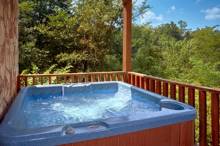 Secluded 2 Bedroom Cabin with Hot Tub and Views - 2 Tranquil 4 Words