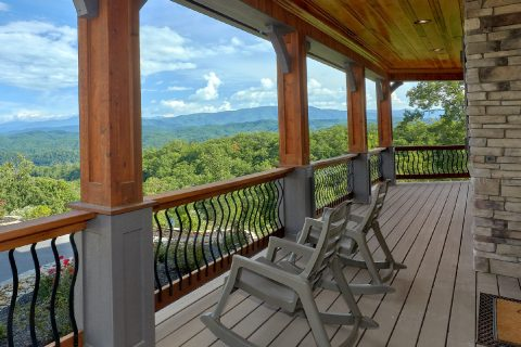 Beautiful 4 Bedroom Cabin in The Summit - 2nd Choice