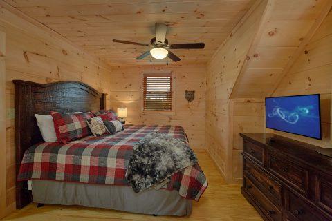Luxury 5 Bedroom Cabin with King Bed Sleeps 12 - 3 Little Bears