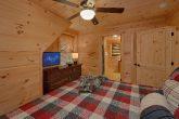 Master Bedroom with King Bed Sleeps 12