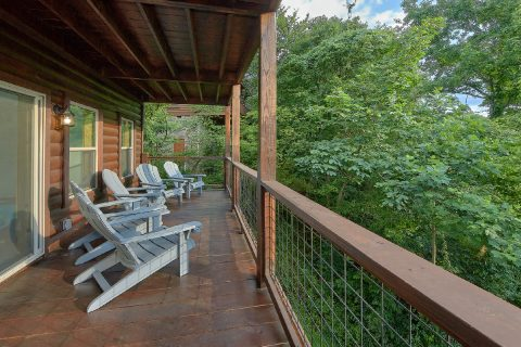 Luxury 5 Bedroom Cabin with Private Pool - 3 Little Bears