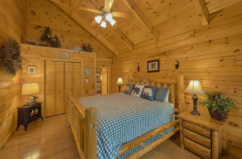 Master bedroom with King bed in 2 bedroom cabin - A Bear Affair