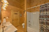 2 bedroom cabin rental with Private Master Bath