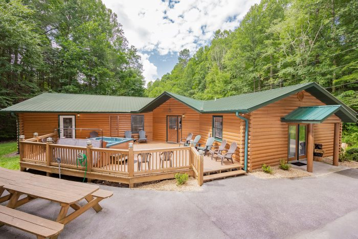 A Bear Creek Cabin Rental Photo