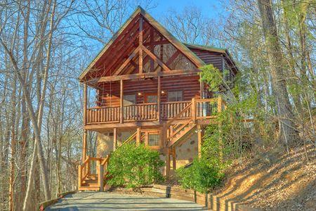 A Woodland Hideaway: 2 Bedroom Sevierville Cabin Rental