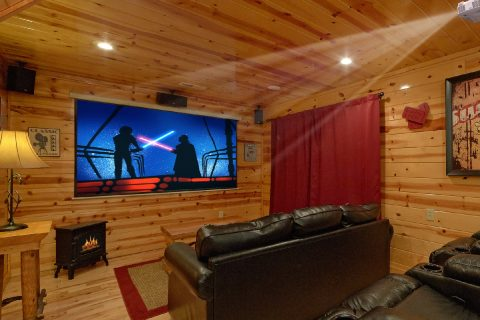 Luxury 2 bedroom cabin with theater room - A Bear Endeavor