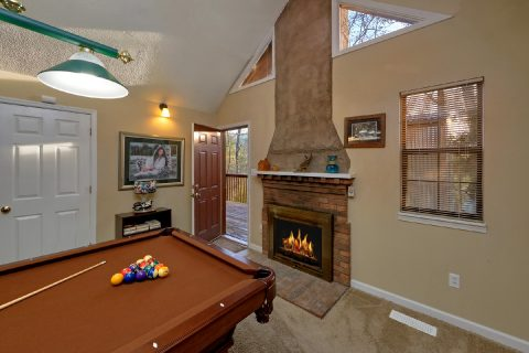 Billiards with Gas Fire Place Sleeps 6 - A Bears End