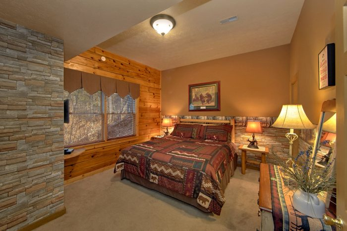 Cabin near Dollywood with 2 Private Bedrooms - A Beary Happy Place