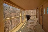2 Bedroom Cabin with Grill Sleeps 6