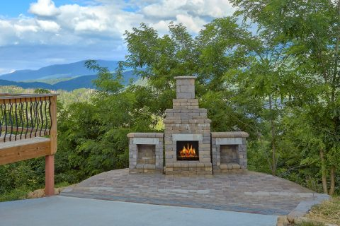 Premium Gatlinburg rental with outdoor fireplace - A Castle in the Clouds
