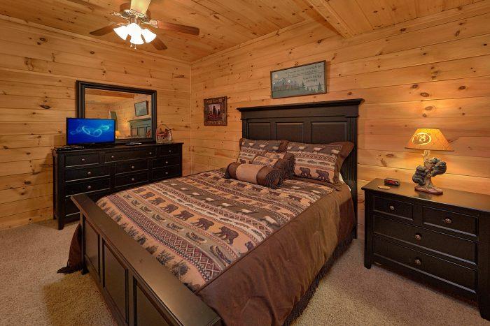 Cozy 2 Bedroom Cabin with 2 Queen Beds - A Cozy Cabin