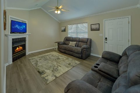 2 Bedroom Vacation Home Sleeps 6 - A Cozy Cottage