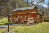 2 Bedroom Cabin with Large Yard Sleeps 8
