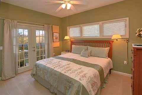 Pigeon Forge 2 Bedroom Cabin with 2 King Beds - A Dream Come True