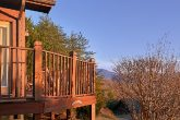 2 Bedroom Cabin with Mountain Views