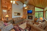 4 Bedroom cabin with beautiful stone fireplace