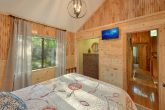 Spacious Queen bedroom in 4 bedroom cabin