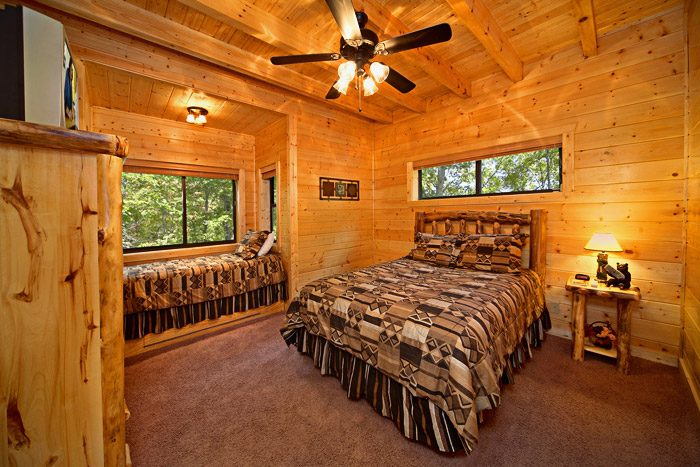 Cabin with Queen Sized Bed - A Friendly Forest