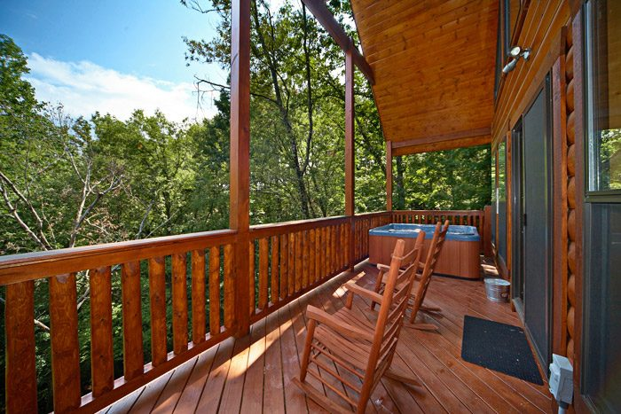 Cabin with Scenic Views - A Friendly Forest