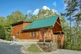 Luxury Cabin in Gatlinburg with Mountain Views
