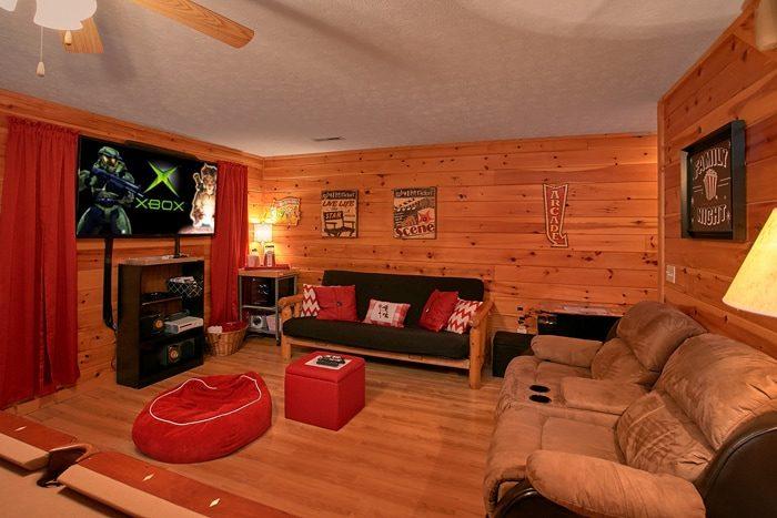 3 Bedroom Cabin Sleeps 8 with XBOX - A Grand Getaway