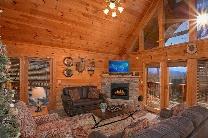 3 Bedroom Cabin Leather Sofa Sleeper - A Grand Getaway