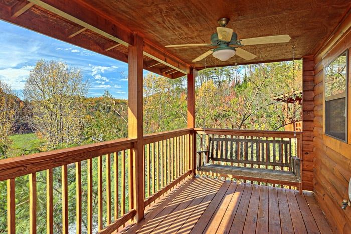 Pigeon Forge Cabin near Dollywood - A Hilltop Heaven