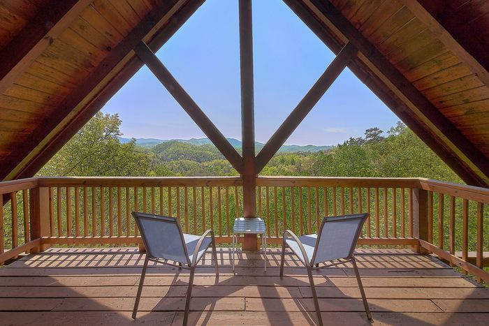A Lazy Bear's Hideaway Cabin Rental Photo