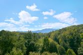 Pigeon Forge cabin with View of the Mountains