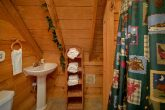 2 Full Bathrooms 2 Bedroom Cabin