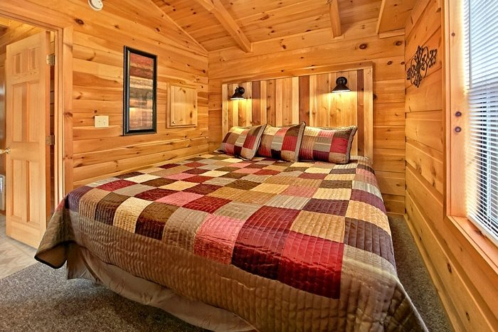 Cabin with custom bed design - A Long Kiss Goodnight