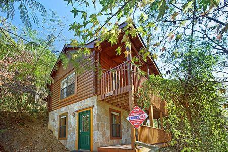 Great Escape: 2 Bedroom Sevierville Cabin Rental