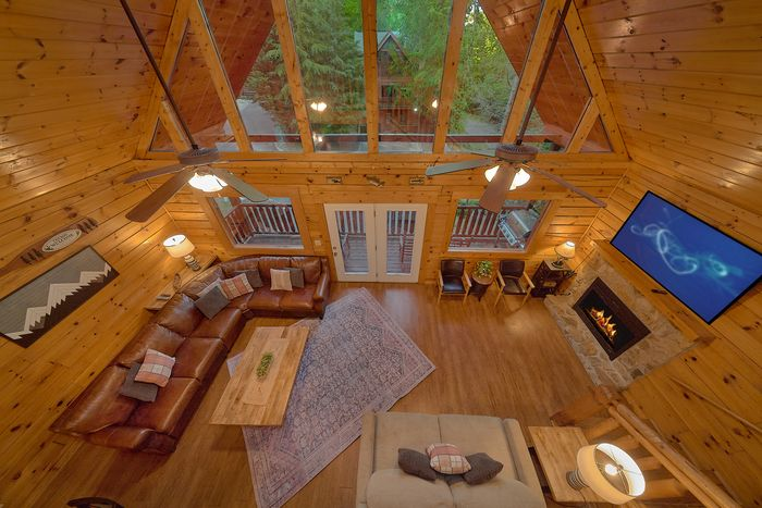 Cabin with Open Floor Plan - A Mountain Lodge