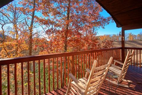 Premium Honeymoon Cabin in the Smokies - A New Beginning