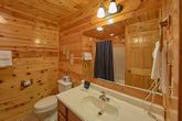 Luxury Cabin with Queen Bunk Beds that sleep 4