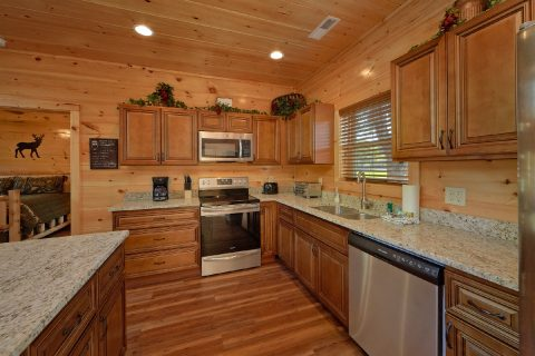 Cabin Rental on the river with full kitchen - A River Retreat