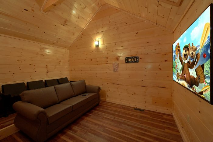 Theater room in 3 bedroom cabin on the river - A River Retreat