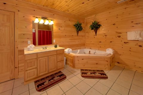 Master Bath with Jacuzzi Tub - A Rocky Top Ridge