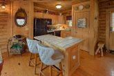 1 Bedroom Cabin with Fully Stocked Kitchen