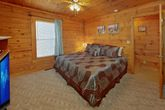 1 Bedroom Cabin with Spacious King Bedroom