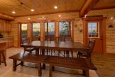 Spacious 6 Bedroom Cabin with Dining Room