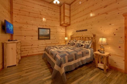 King Bedroom with Connecting Full Bathroom - A Smoky Mountain Dream