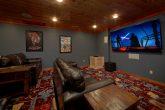 Luxury Cabin with Theater Room Sleep 20