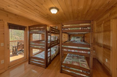 Gatlinburg Rental cabin with triple bunk beds - A Spectacular View to Remember