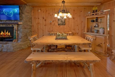 Dining room in 5 bedroom cabin - A Stunning View