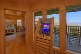 Premium 5 bedroom cabin with Arcade Game